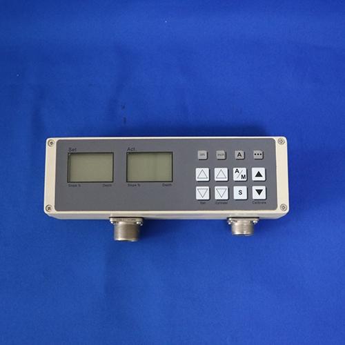 铣刨机控制器 (3)
